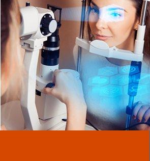 """מכונה המבצעת ניתוח קטרקט ע""""י רופא עיניים מוסמך"""